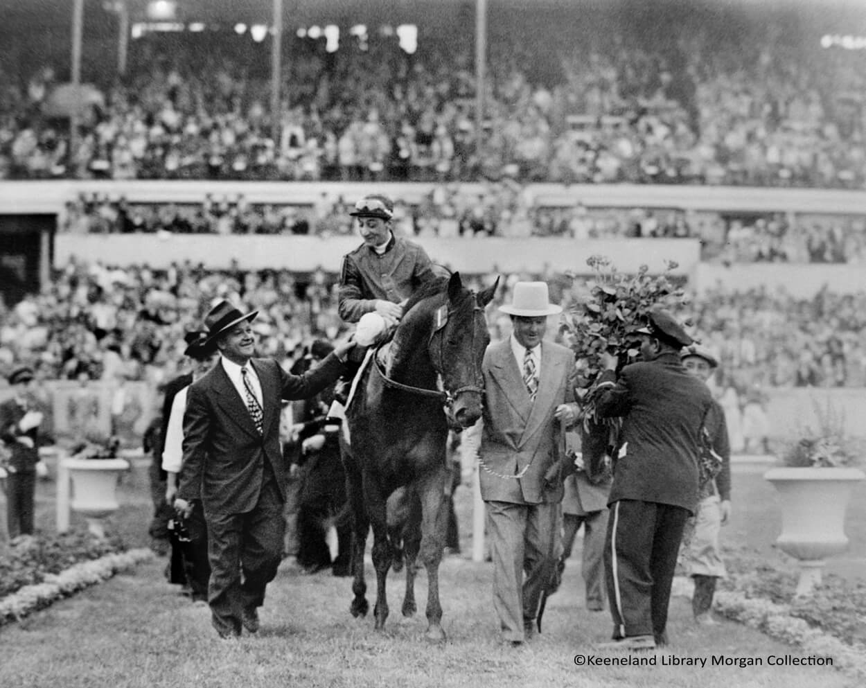 Citation, Eddie Arcaro up, after Kentucky Derby win 5.01.1948 (1)